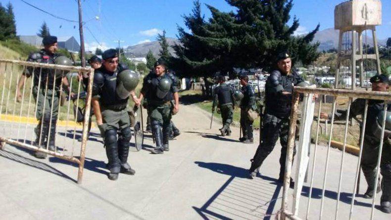 Comenzó en Bariloche el juicio contra Jones Huala con un fuerte operativo de seguridad