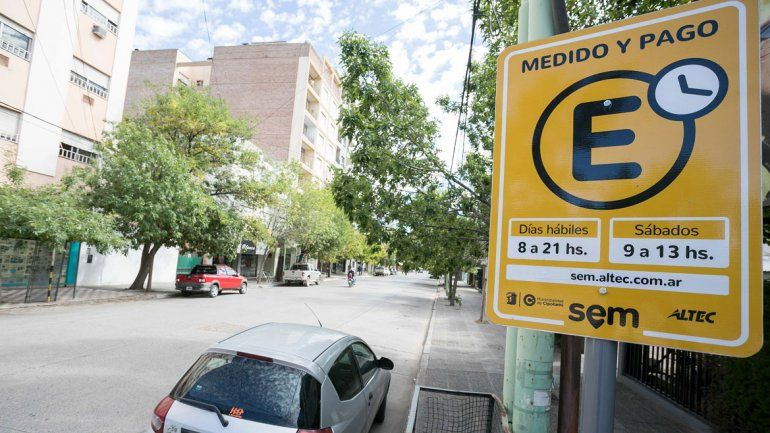 El estacionamiento en el centro será gratis por una semana