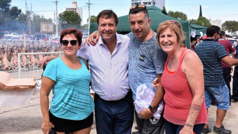 El gobernador Weretilneck participó de la Fiesta del Chivito