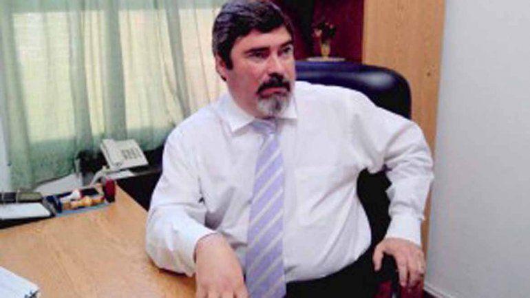 Weretilneck pidió la renuncia del fiscal que se burló de las mujeres por Facebook
