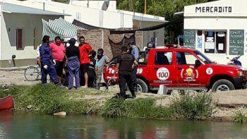Un vecino halló un cuerpo flotando en el canal principal de riego