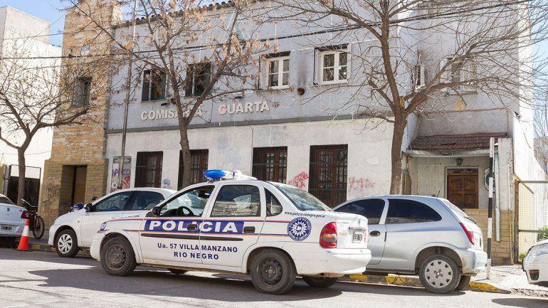 Polémica por las publicaciones de un policía que se burla de las denuncias de mujeres