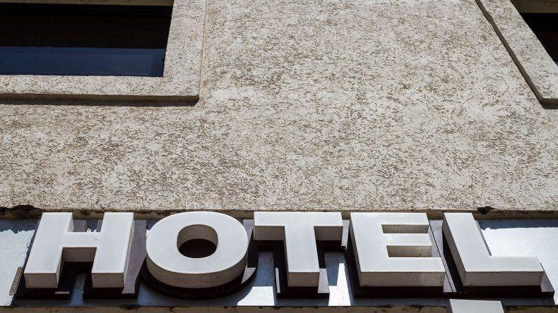 La mujer se hospedó en un hotel de Cipolletti en el 2015.