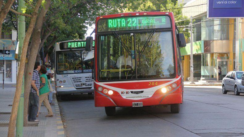 Los ómnibus interurbanos y los urbanos tendrán su tarifazo.