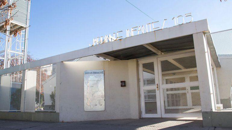 El Jardín 105 está ubicado en la esquina de Reconquista y 25 de Mayo. Allí quieren que también funcione un centro infantil municipal por la noche.