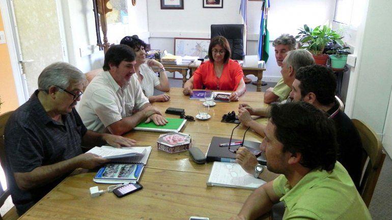 Representantes de Unter y del Gobierno se vuelven a reunir.