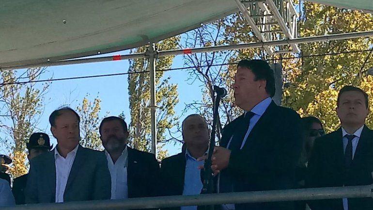 Weretilneck encabezó el acto por el aniversario de Barda del Medio.