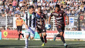 Rivadavia será el rival de la última fecha en La Visera. Uno de los dos descenderá al Torneo Federal Amateur que se viene. Al local le alcanza con empatar.