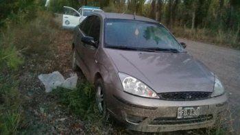 desalmados golpearon a un abuelito para robarle el auto