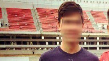 la madre del jugador acusado de facilitador viajo a buenos aires y acompanara a su hijo