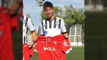 Un joven jugador de fútbol cipoleño, de 19 años, fue denunciado por facilitar la prostitución de menores de las inferiores de Independiente de Avellaneda.