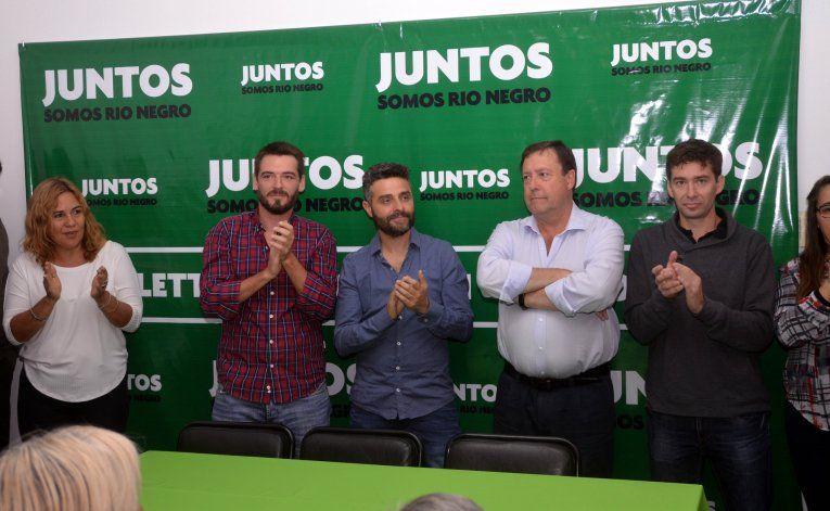 Weretilneck presentó anoche a los referentes locales de Juntos