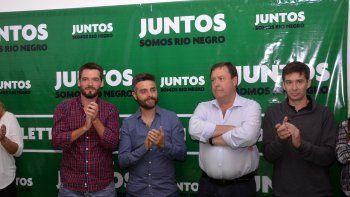 Weretilneck presentó anoche a los referentes locales de Juntos, encabezados por el abogado Rodrigo Buteler.