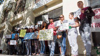 condenan a maestro por abuso pero no ira a la carcel