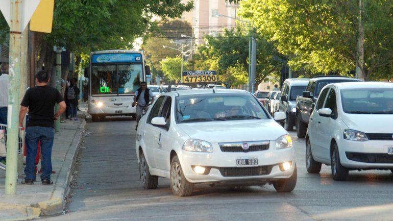 Hoy aumenta la tarifa del servicio de taxis en la ciudad.