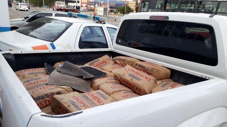 Dulce botín: robaron 600 kilos de azúcar y se dieron a la fuga tras una persecución