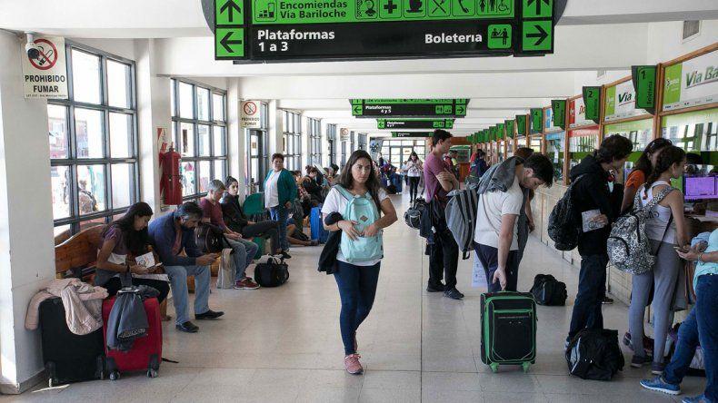 Se registró un gran movimiento en la terminal cipoleña en el Jueves Santo.