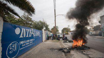 Los empleados se manifestaron ayer frente a la sede de Interlagos.