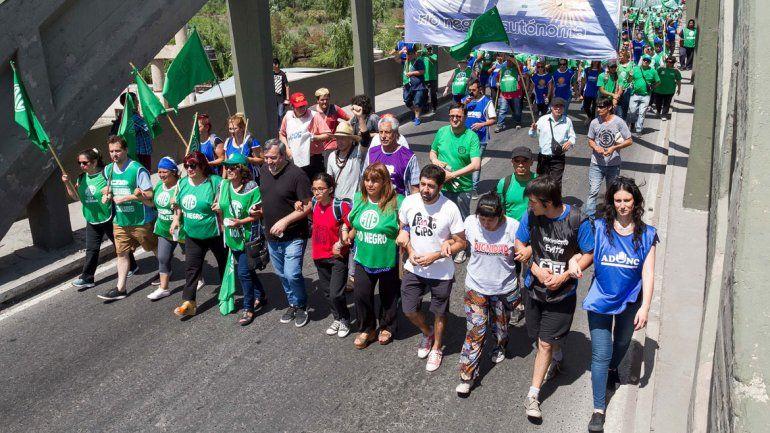 Sin colectivos, bancos ni escuelas: así se sentirá el paro de la CGT en el Alto Valle