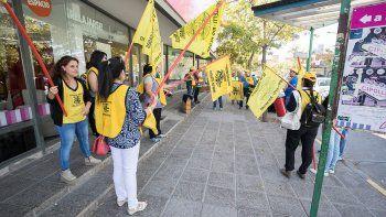 Las protestas frente a Blancoamor parece que empeoraron las cosas.