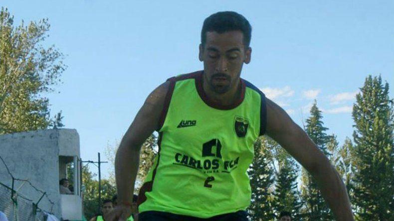 El cipoleño Midolini juega como marcador central en Argentinos del Norte.