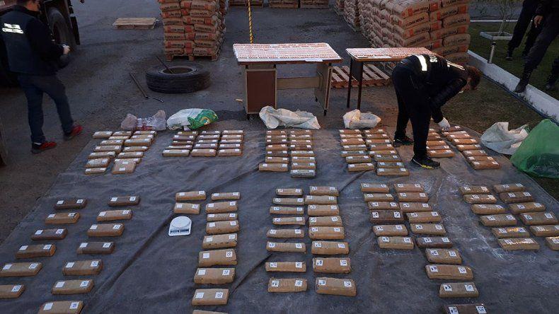 Secuestraron un inmenso cargamento de drogas: hay 7 detenidos