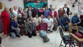 Integrantes del CITE 2 Limay en una actividad con enfermeros.