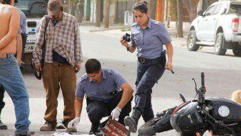 La moto en que se movilizaban los delincuentes había sido robada el lunes por la noche, en jurisdicción de la 32ª.