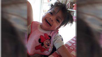 Agatha Delfina Romam, de 2 años y 8 meses, murió en la primera visita con su padre.