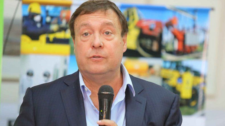 Weretilneck anunció que aportarán $4 millones mensuales para mantener la tarifa social
