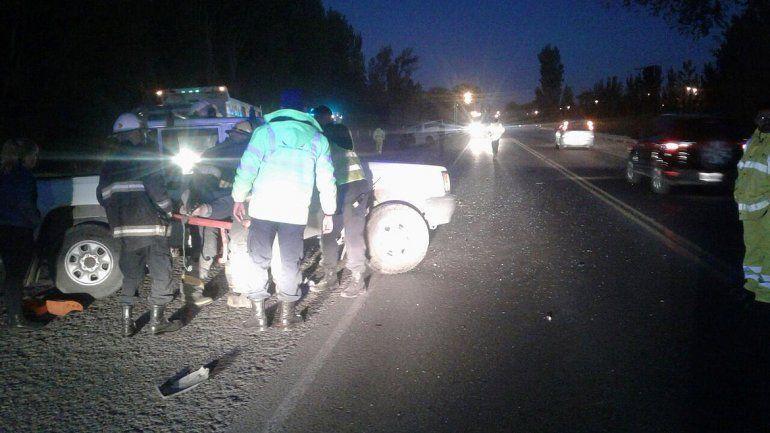 Un borracho casi provoca una tragedia en la Ruta 22: chocó de frente a una camioneta