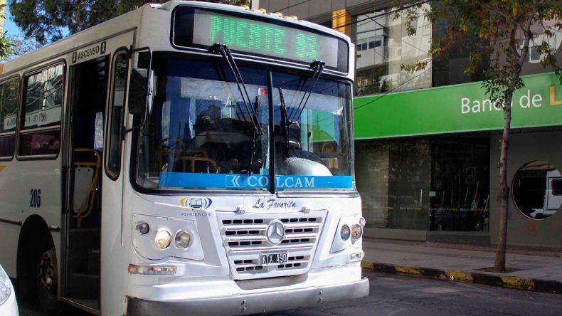 Desde el lunes viajar en colectivo urbano será 28,5% más caro