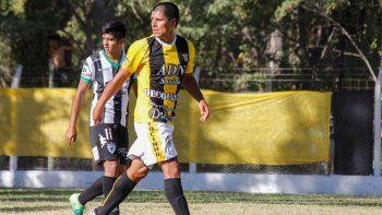 Romero bajo la marca de Muñoz, el futuro y el pasado de Cipo en una sola imagen en un partido de la Liga.