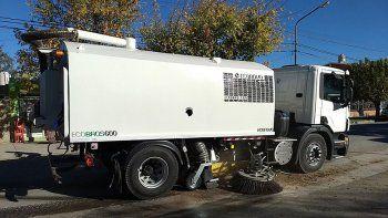 la muni estreno su nuevo camion barredor cero kilometro
