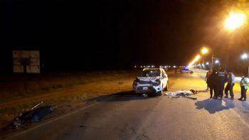 El motociclista murió en la Ruta 151 tras chocar contra una camioneta.