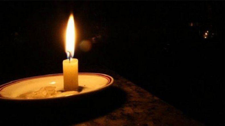 Por el tarifazo, convocan a un paro de luz para esta noche