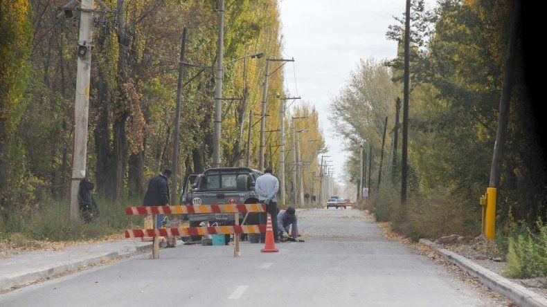 Por las quejas, comenzaron a retirar badenes de la calle Illia