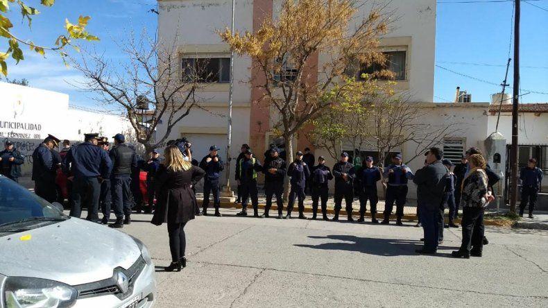 Violencia entre militantes de ATE y vecinos en la municipalidad de Oro