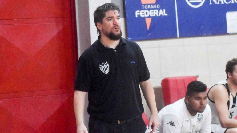 Rubio lleva dirigidas 7 temporadas en el Federal de básquet