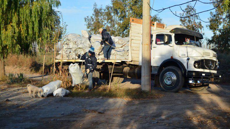 La Municipalidad accedió al reclamo de los vecinos de los asentamientos.