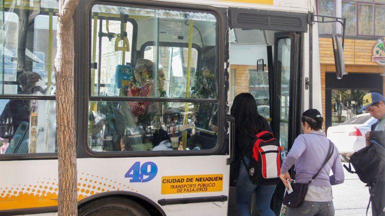 Viajar en colectivo por la ciudad costará un 28