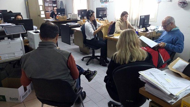 La licitación se realizó ayer en el edificio municipal.