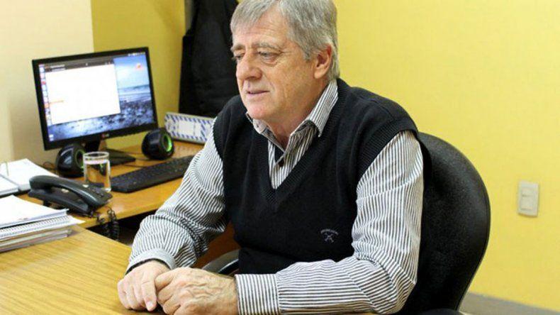 Edgardo Molinaroli supervisa cada erogación y rechaza las innecesarias.