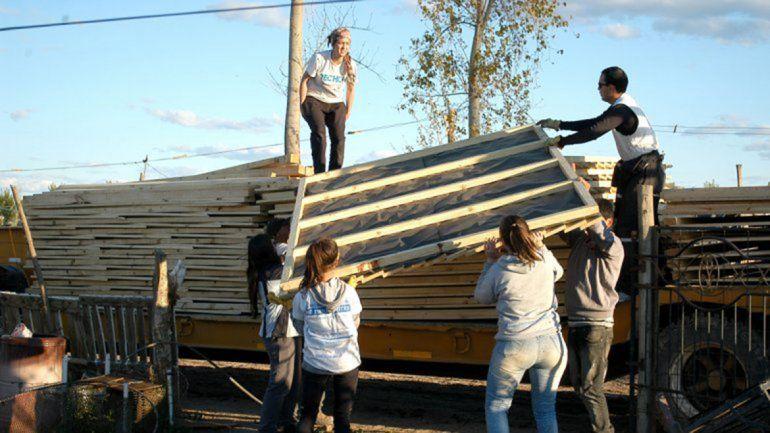 Techo realiza su colecta anual para hacer casas en tomas
