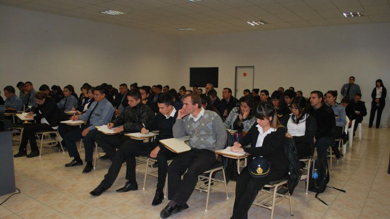 Policías rionegrinos se capacitaron en materia de actuación administrativa