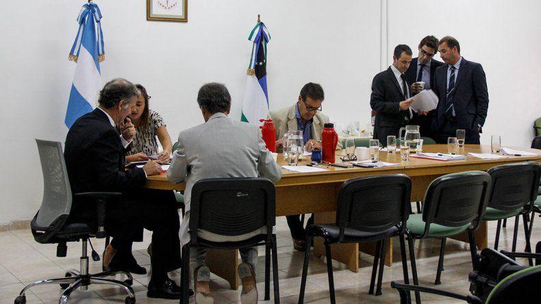 Chirinos sumó otro rechazo y se acerca al juicio político