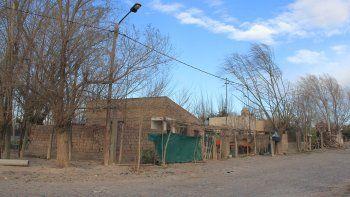 La violenta pelea se desató en un domicilio particular del barrio Tres Luces.