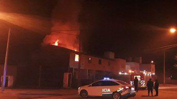 juntan fondos para la familia que perdio su casa en un incendio