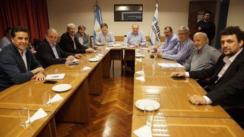 Reunión de ministros patagónicos de Producción y autoridades del Senasa.