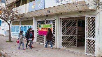 La Biblioteca Rivadavia cumplirá este año su 81° aniversario. Se trata de una institución de gran arraigo y que brinda amplios servicios a la comunidad.